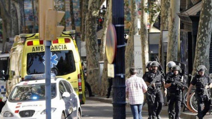 Trei islamişti acuzaţi de implicare în atentatele din Barcelona, soldate cu 15 morţi, arestaţi în Franţa