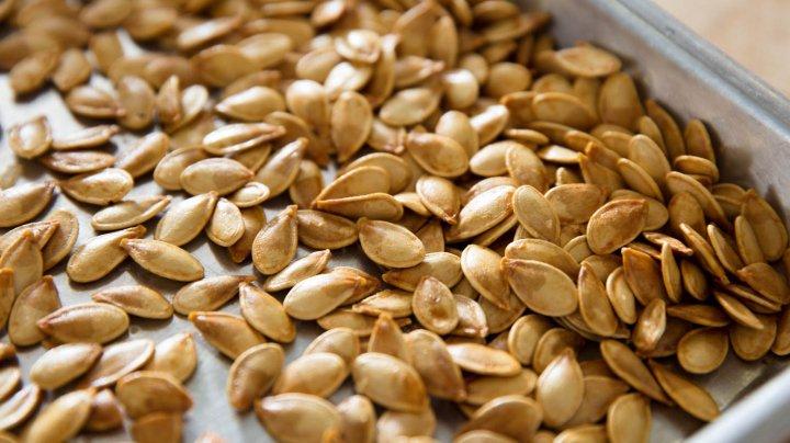 De ce e bine să mâncăm semințe de dovleac