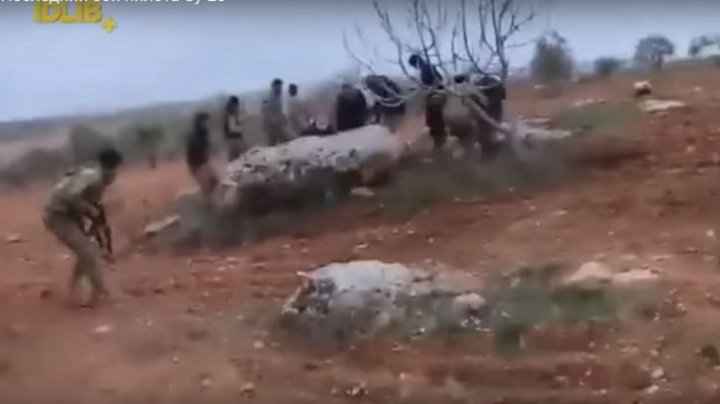 DRAMATIC! Ultimele clipe ale pilotului rus doborât în Siria (VIDEO)