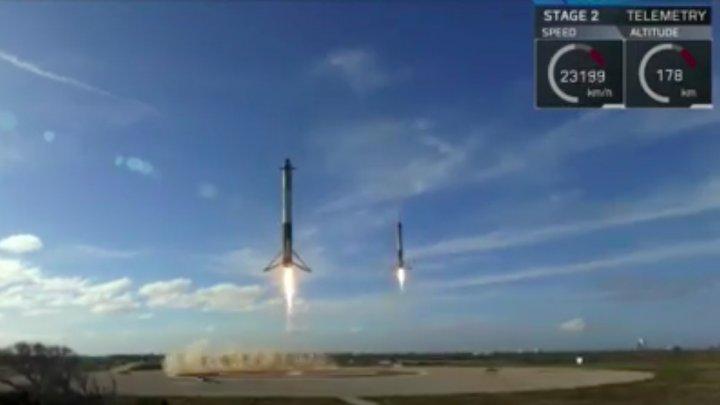 IMAGINI SPECTACULOASE! Momentul în care cele două rachete Falcon 9 aterizează în tandem (VIDEO)