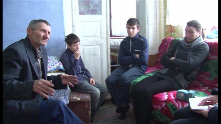 Răsturnare de situaţie în cazul fetiţei din Drochia care a fost plasată într-o casă de tip familial. Copila era BĂTUTĂ ŞI ABUZATĂ SEXUAL de fraţii