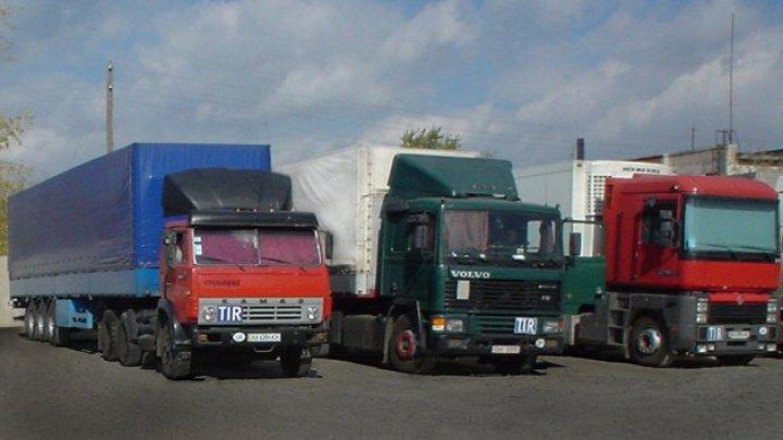 Transportatorii moldoveni ar putea avea dreptul să stea pe teritoriul ucrainean mai mult de 90 de zile