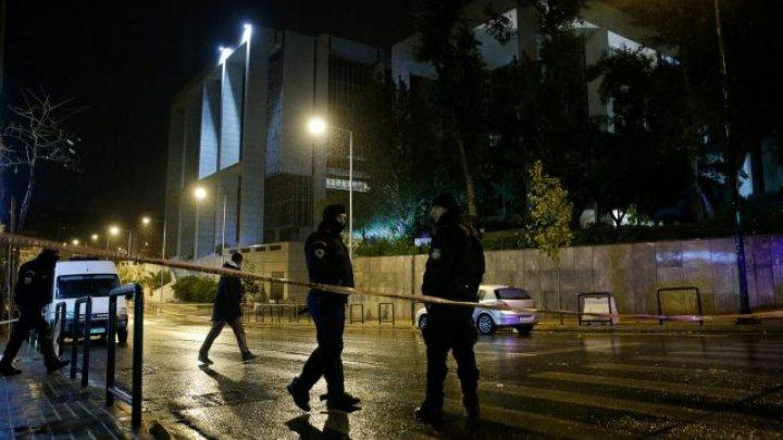 Atac cu grenadă în Atena. În apropierea unei secţii de poliţie o persoană a fost rănită