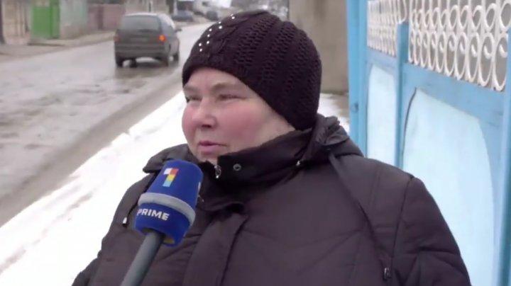 VIDEO VIRAL. Cum sărbătoresc moldovenii prin sate Sfântul Valentin şi cum îşi alintă partenerii