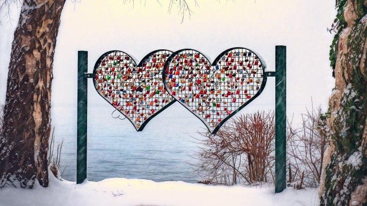 Cât ne costă, de fapt, Ziua Îndrăgostiţilor. Care sunt cele mai populare cadouri
