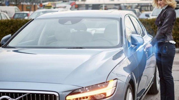 Cum arată cheile high-tech pentru automobile. Unii producători nu mai oferă deloc această opţiune, pe anumite modele