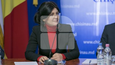 Silvia Radu: Chișinăul este al nostru, al tuturor! Toți agenții economici trebuie să curețe în fața sediilor lor