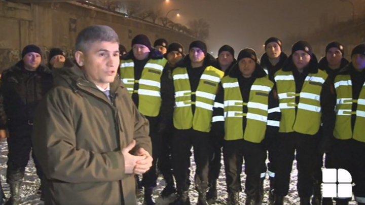 Ministrul Jizdan: În premieră, carabinierii, poliţiştii, salvatorii şi pompierii au patrulat pe parcursul nopţii pentru a ajuta cetăţenii