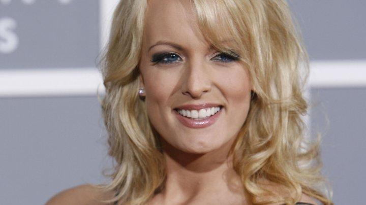 Actrița porno Stormy Daniels îl dă în judecată pe Donald Trump
