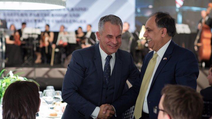 Vlad Plahotniuc s-a întâlnit la Chișinău cu oaspeți din Statele Unite ale Americii