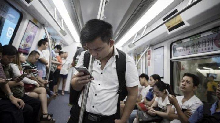 Cetăţenii chinezi vor primi note de la stat. Nu vor mai avea voie în tren sau avion dacă acestea vor fi proaste