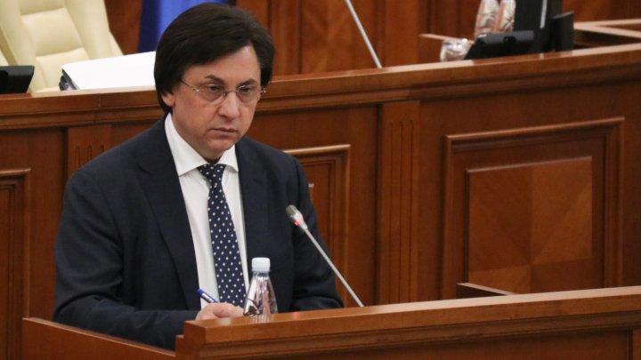 Mihai Poalelungi a depus jurământul de judecător al Curții Constituționale