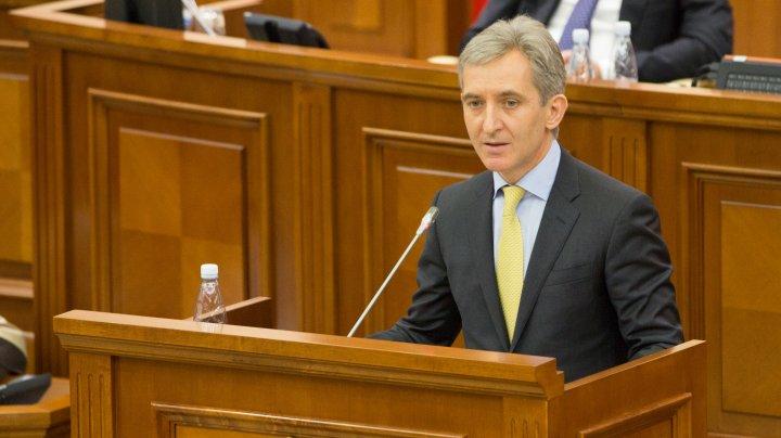 Un nou eşec pentru deputaţii socialişti şi comunişti. Parlamentarii au respins moțiunea înaintată viceprim-ministrului Iurie Leancă
