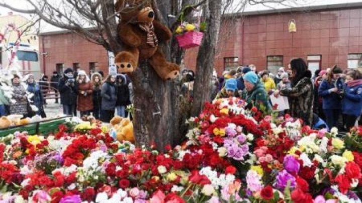 Zi de doliu național în Rusia în memoria victimelor incendiului de la Kemerovo