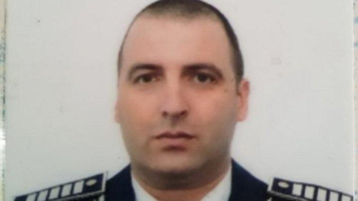 Un polițist a găsit într-un centru comercial un portofel cu 4.000 de euro. Cum a încercat apoi să îl păcălească un bărbat