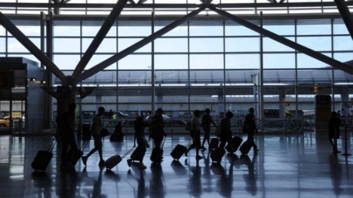 STUDIU: Aproximativ 85 % dintre cetăţenii UE nu ştiu ce drepturi au ca pasageri ai companiilor aeriene şi pierd anual peste 5 miliarde de euro