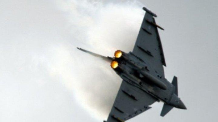 Un avion militar s-a prăbuşit în Marea Britanie: Un membru al echipajului a murit