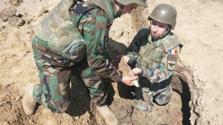 Grenade, proiectile de artilerie şi mine de aruncător. Geniştii Armatei Naţionale au dezamorsat 12 obiecte explozive