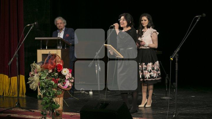 """""""Creatori ai vieţii spirituale!"""" Cei mai buni actori şi regizori din ţară, premiaţi în cadrul Galei Premiilor UNITEM 2018 (FOTO)"""