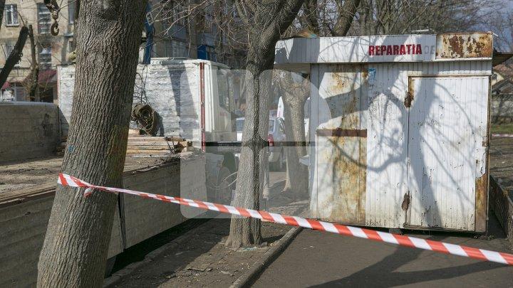 Silvia Radu face curățenie în oraș. Gheretele amplasate ilegal în Capitală au fost evacuate (FOTOREPORT)