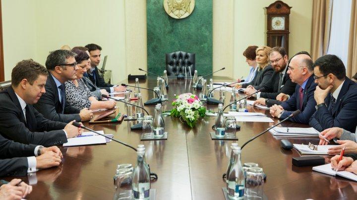 Premierul Pavel Filip s-a întâlnit cu misiunea de experți FMI, aflată în vizită de evaluare în Republica Moldova