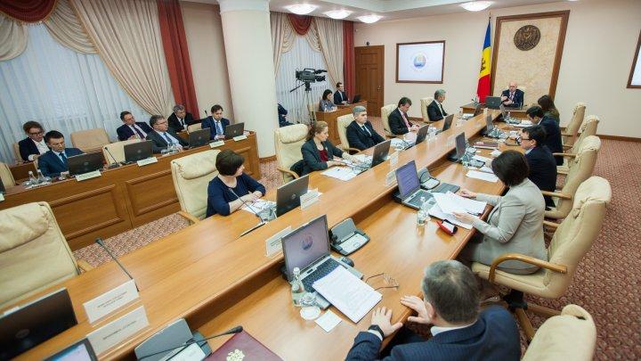 Republica Moldova şi SUA ar putea semna un acord de colaborare în domeniul transportului aerian