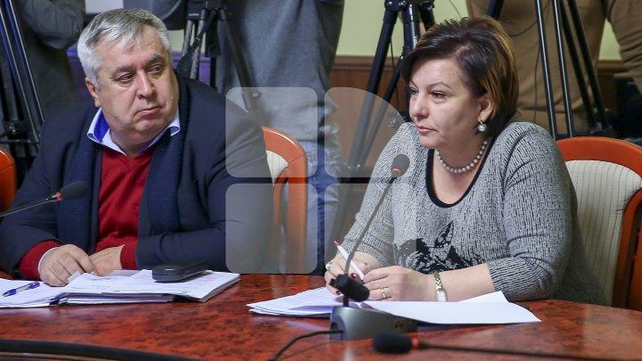 Silvia Radu i-a demis din funcție pe pretorul sectorului Ciocana, Galina Bostan şi vicepretorul Anatolie Portnoi