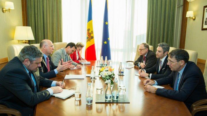 Implementarea reformelor și prioritățile pentru asigurarea stabilității la nivel regional, discutate de premierul Filip şi reprezentanții Consiliului Atlantic