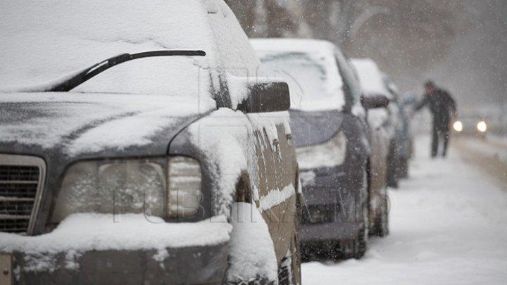 Este bine să știi! De ce să NU încălzești mașina când este frig afară