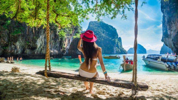 Accesul bărbaților este interzis! Insula pe care femeile se relaxează fără reprezentanţii sexului puternic