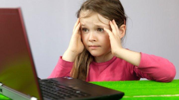ATENŢIE! Accesul la internet şi bullyingul, noile pericole pentru copii