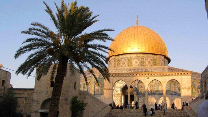 Milos Zeman vrea mutarea ambasadei la Ierusalim