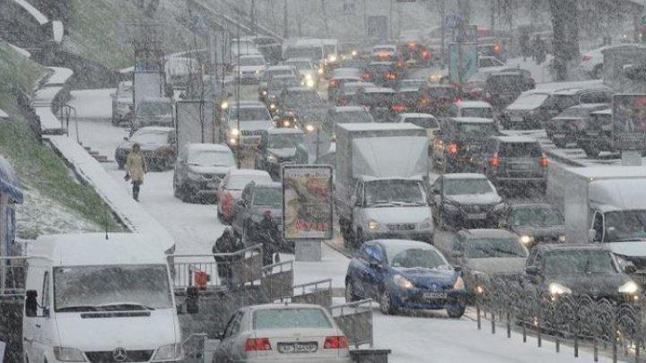 Silvia Radu: În Capitală s-ar lucra mai eficient dacă autoturismele ar circula doar în cazuri de strictă necesitate