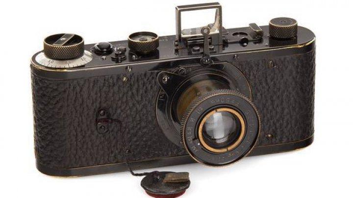 Cel mai scump aparat de fotografiat din toate timpurile. La ce preț a fost vândut