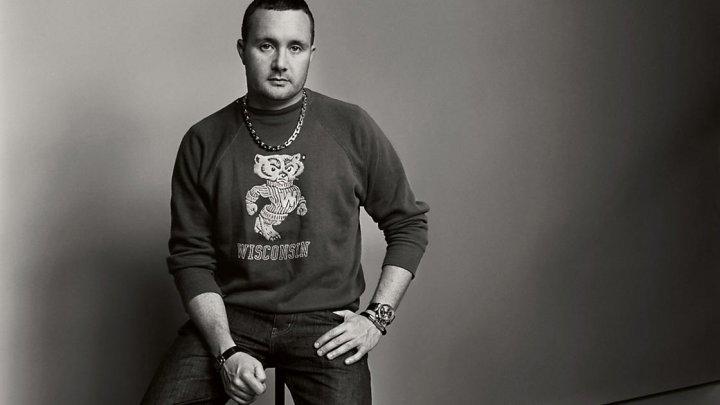 Designerul britanic Kim Jones, noul director de creaţie la Dior Homme, în locul belgianului Van Assche
