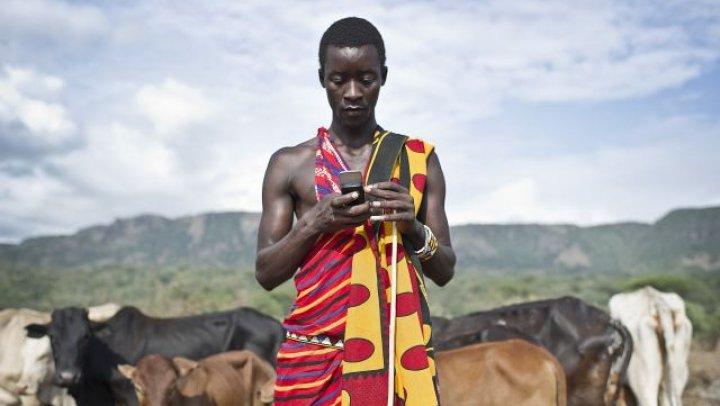 Lumea devine digitală: Numărul utilizatorilor unici de telefoane mobile este de 5,1 miliarde
