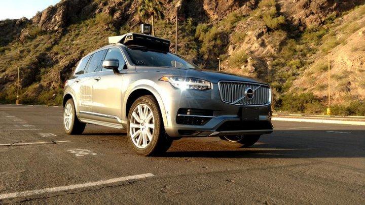 Uber a dezactivat sistemul de evitare a coliziunilor de pe mașina autonomă care a ucis un om în Arizona (VIDEO)