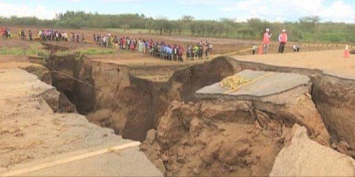 Continentul Africa se rupe în două! Geologii, îngrijoraţi de acest fenomen (FOTO)