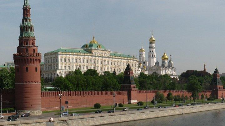 O serie de e-mailuri legate scot în evidenţă trucurile murdare folosite de Kremlin
