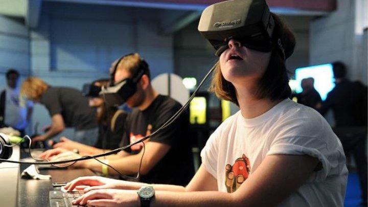 PROBLEME cu ochelarii VR Oculus. Utilizatorii, nemulţumiţi. Ce s-a întâmplat la finalul săptămânii trecute