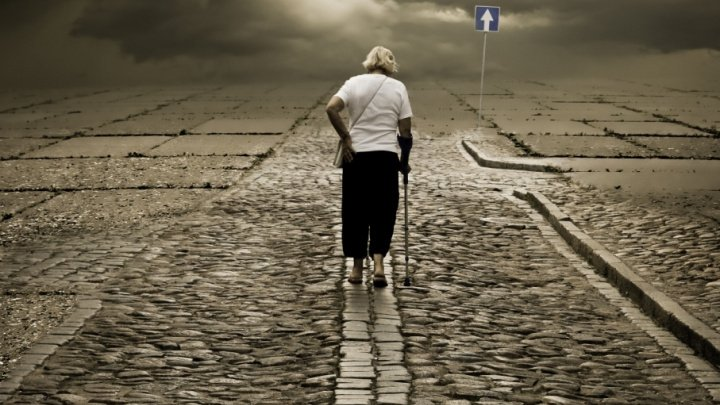 Studiu: Singurătatea creşte riscul de mortalitate ca urmare a unui infarct