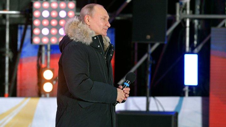 Președinte fără surprize. Vladimir Putin reales pentru un nou mandat cu peste 75 la sută din voturi