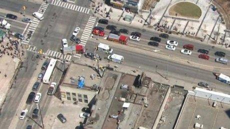 ȘOCANT! O camionetă a intrat într-un grup de trecători în Canada. Cinci persoane au murit și mai multe au fost rănite (VIDEO)