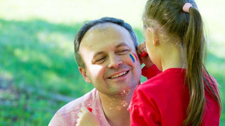 Andrian Candu: Drapelul este istoria noastră, copiii sunt viitorul nostru (FOTO)