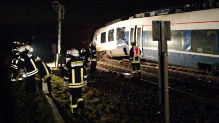 Două trenuri de metrou s-au ciocnit în Germania. 35 de oameni au fost răniți