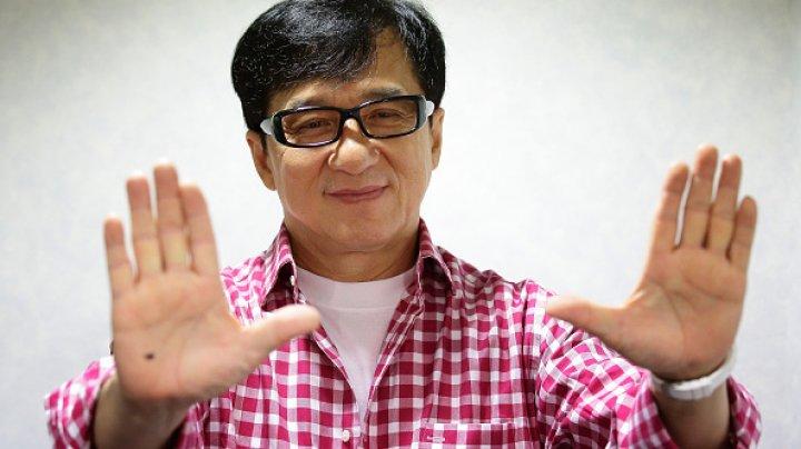 Una dintre cele mai importante lecții de viață dată de actorul Jackie Chan: Drumul către succes nu este drept