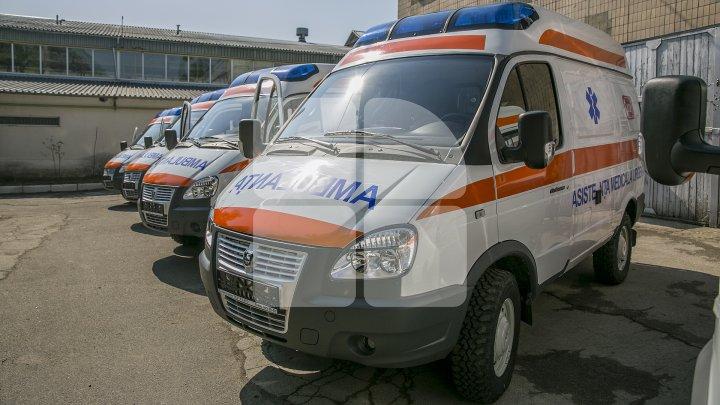 Timp de o săptămână, aproximativ 14 mii de moldoveni au solicitat ambulanța. Ce cazuri urgente au fost înregistrate