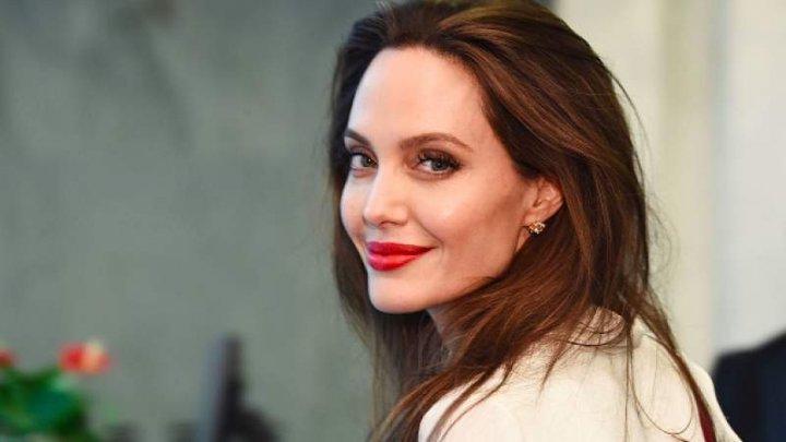 Angelina Jolie riscă să piardă custodia asupra copiilor