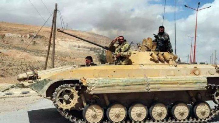 Armata siriană, ÎN ALERTĂ. Principalele puncte de control militare, evacuate în perspectiva unor lovituri internaţionale