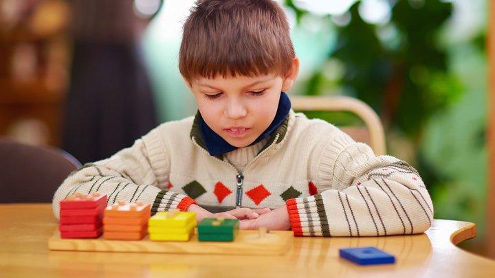 2 aprilie: Ziua Internațională de Constientizare a problemelor Autismului